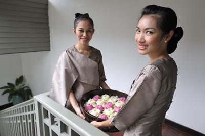 Lotus & Jasmine flowers at the Mandarin Oriental Spa