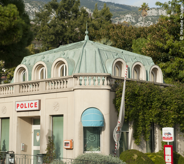 "The Monte Carlo ""cake-like"" police station."