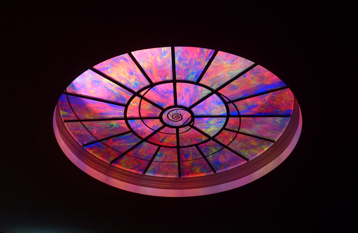 As a fan of stained glass the circular glass ceiling was just perfect.