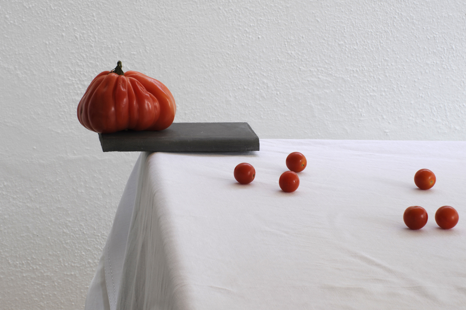 La Tomatina, contemporary still life