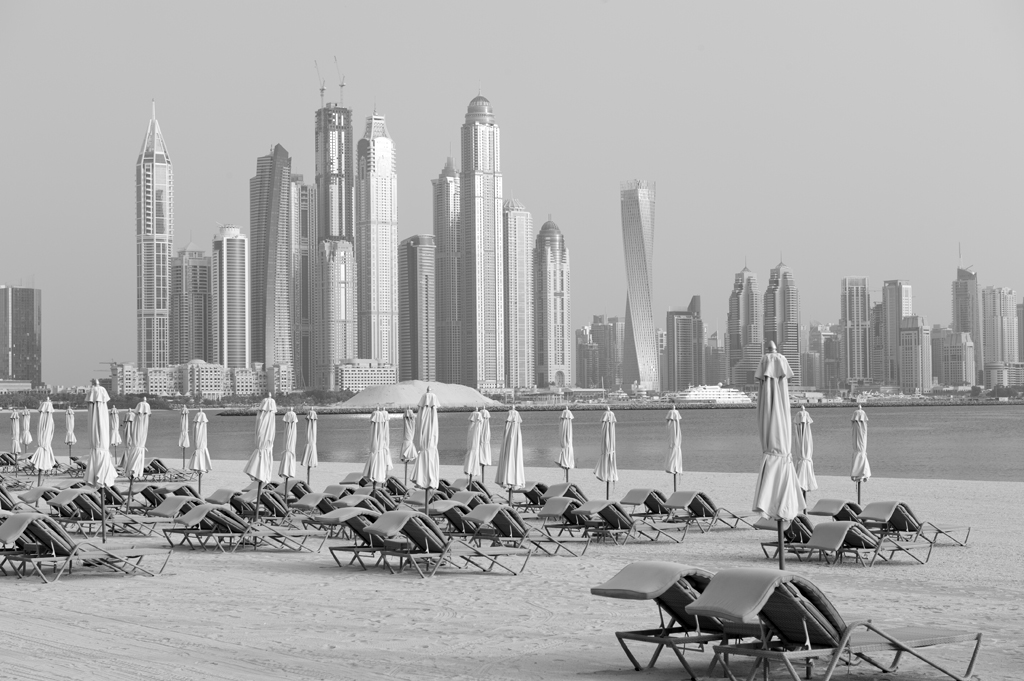 Temporary calm on The Palm, Dubai © Michelle Chaplow