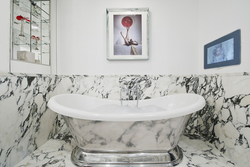 Lovers of beautiful bathtubs will enjoy this image, taken at The Wellesley Hotel, London  © Michelle Chaplow