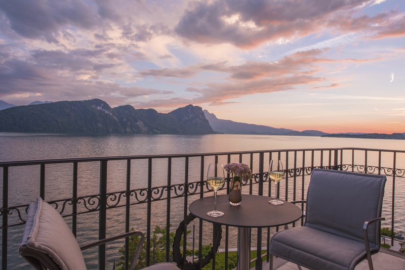 Sunset from room 401 at the Park Hotel Vitznau © Michelle Chaplow